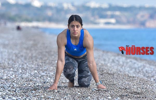 2021/01/rekortmen-atlet-sahilde-kosarak-olimpiyata-hazirlaniyor-3c9f282fbc6e-2.jpg