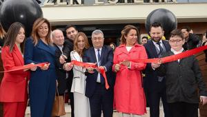 Zen Estetik, Muratpaşa'da açıldı