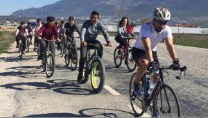 Bisiklet turuyla şehitleri andılar