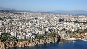 Antalya'da konut satışları düştü
