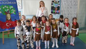 Çocuklar, 23 Nisan'ı kutladı