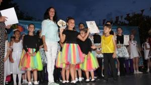 7 ülkeden 360 çocuk Kemer'de yarıştı