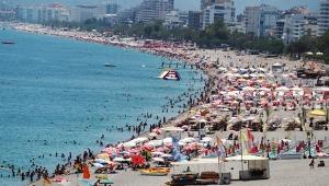 Antalya'da sahillerde