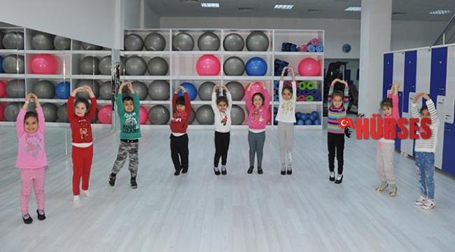 Geleceğin Jimnastikçileri ASFİM'de yetişiyor