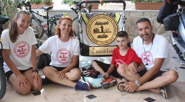 Pedal çevirerek Antalya'ya vardılar