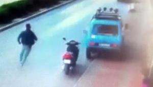 Suç makinesi, polis aracına çarparak kaçtı