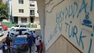 İYİ PARTİ İLÇEYE 'SPREYLİ' SALDIRI