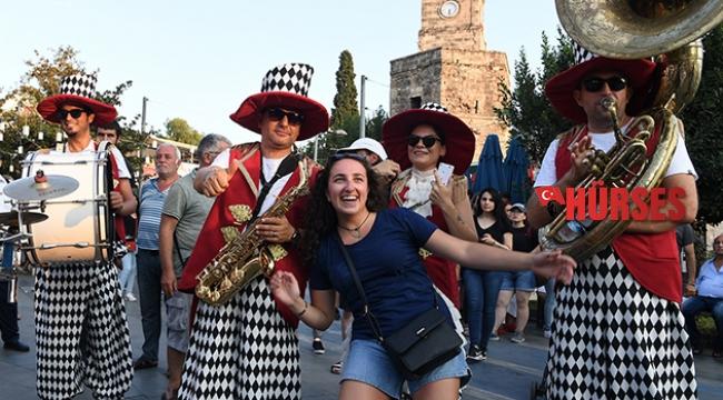 'Sokakta Şenlik Var' devam ediyor
