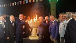 Uysal, Zeytin Festivali'ne katıldı