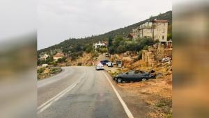 Kaygan yolda  otomobil takla attı