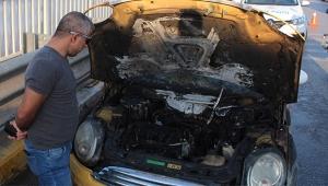 Sanayiden çıktı arabası yandı