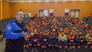 Belediye personeline güvenlik semineri