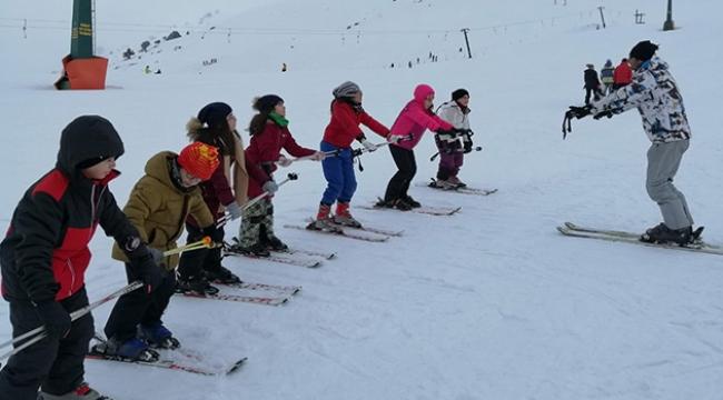Envar'ın kayak takımı