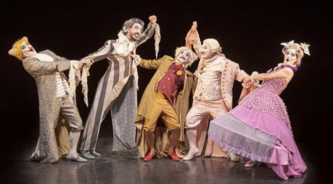 Komik Opera sahneye çıkıyor