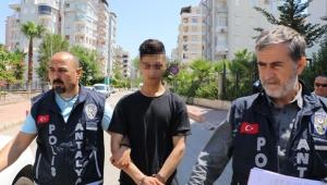 Babasını yaralayan gence hapis cezası