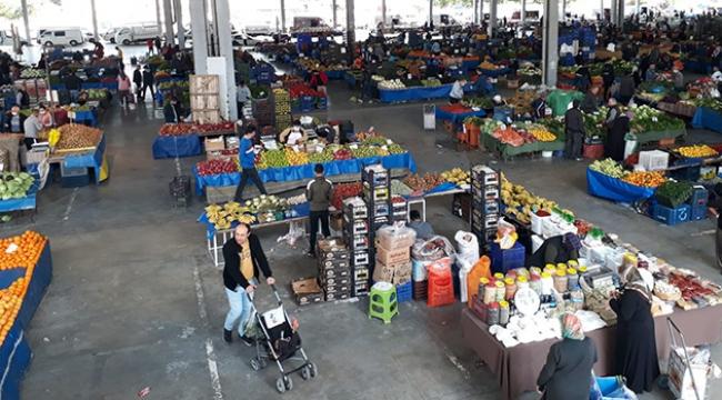 Kepez'in pazarlarında Korona virüs önlemleri