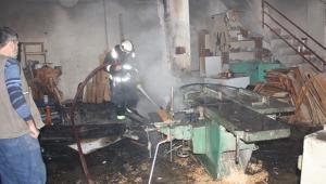 Marangoz atölyesinde korkutan yangın