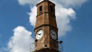 Burdur Saat Kulesi, 83 yıldır zamanı gösteriyor