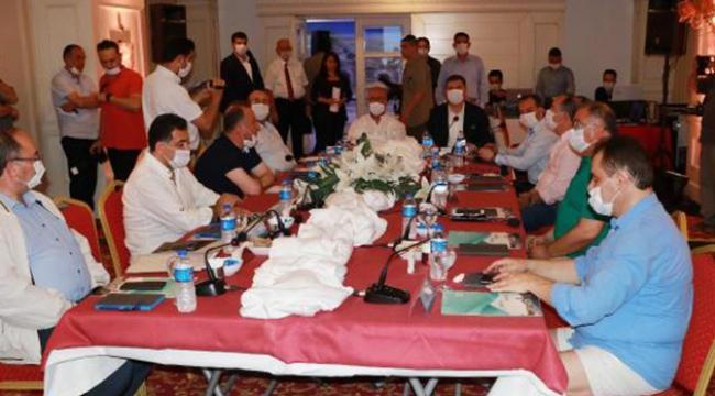 CHP'li il belediye başkanları Burdur'da toplandı
