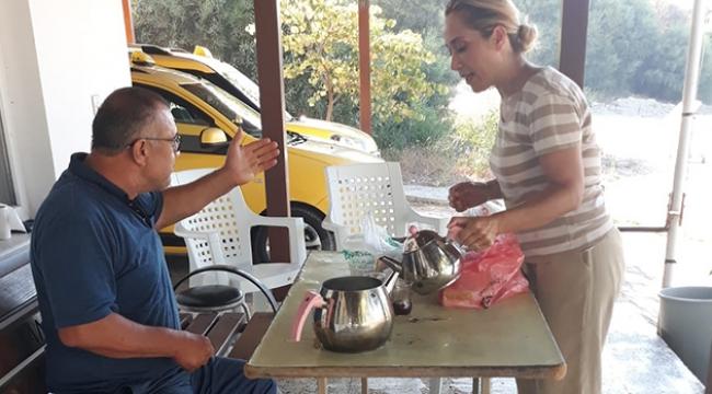 AK Parti Milletvekili Çokal, simit sırasına girdi, esnafa çay ikram etti