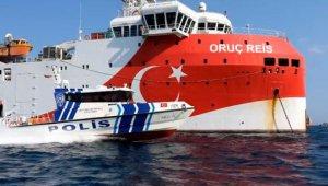 Antalya'da polisten Oruç Reis'e klipli selamlama
