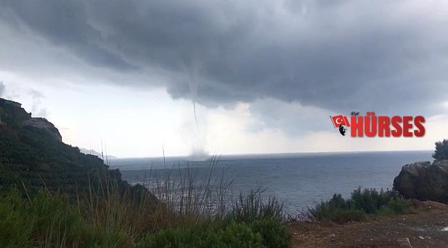 Antalya'da sahile 200 metre mesafede dev hortum