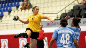 Muratpaşa, son provada İzmir'i mağlup etti