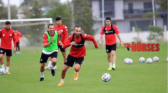 Antalyaspor'da, Başakşehir maçında 6 oyuncu forma giyemeyecek