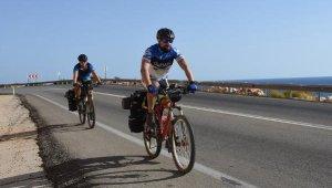 Rus turistlerin Akdeniz ve Ege sahillerinde bisikletle yolculuğu