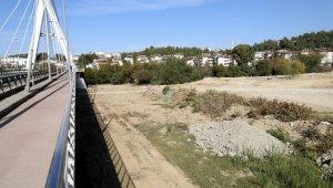 Manavgat Zeynel Şenol Araç köprüsü etrafına düzenleme
