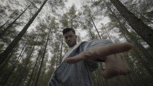 Tik-Tok fenomenine Döşemealtı'nda Hollywod efektli klip