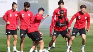Antalyaspor'da 6 eksik