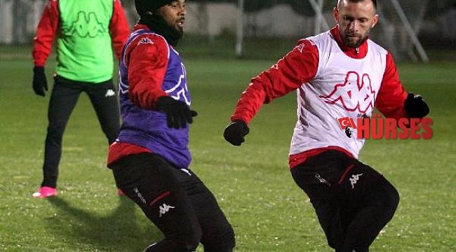 Antalyaspor'da 9 Şubat'ta genel kurul yapılacak