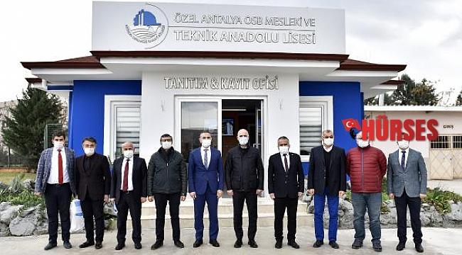 İl Milli Eğitim Müdürü Er, Antalya OSB Teknik Koleji'ni ziyaret etti