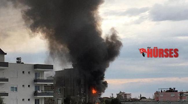 Kumluca'da ev yangını