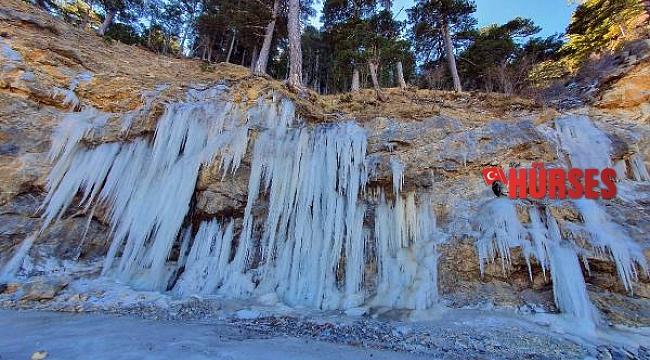 Alanya'da devasa buz kütleleri oluştu