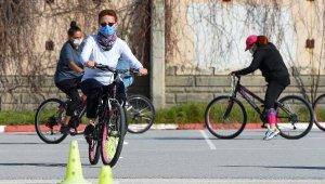 Muratpaşa'da 'İki tekerlekli' özgürlük