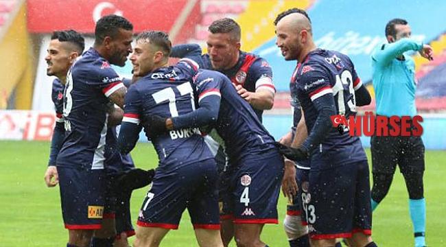 Antalyaspor'da hedef önce lig sonra kupa finali