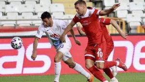 Antalyaspor iç sahada kalesini gole kapatamıyor