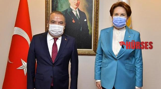Başkan Böcek'ten Meral Akşener'e ziyaret