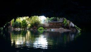 Dünyaca ünlü Altınbeşik Mağarası, yeniden ziyarete açılacağı günü bekliyor