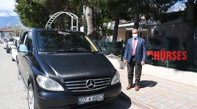Kemer'de korona virüs hastalarının taşınması için araç desteği