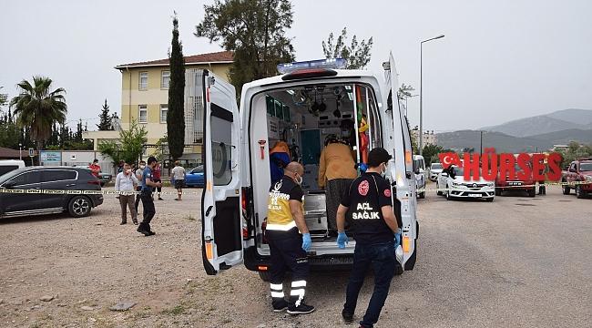 Antalya'da gecekondu alev alev yandı