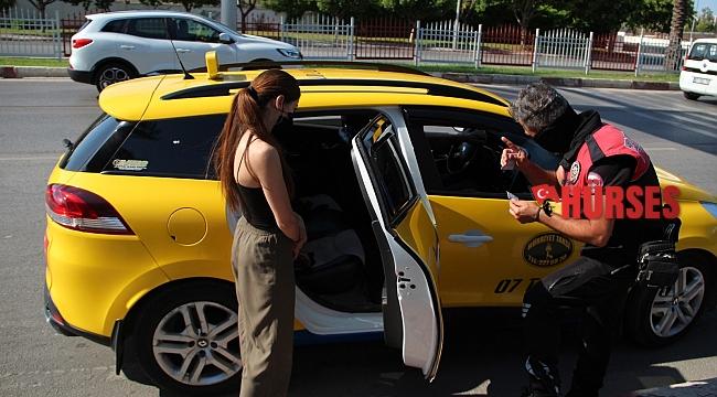Genç kızın izin belgesiz ticari taksiyle yolculuğu pahalıya maloldu