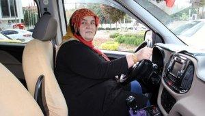 'Şoför Sebahat', 10 yıldır direksiyon başında