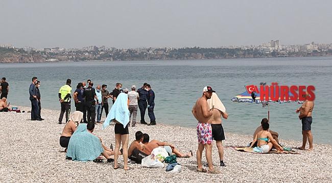 Su altına dalan turist ceset buldu