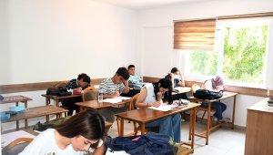 Kemer'de deneme sınavı