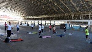 Muratpaşa'da sabah sporu yeniden başladı