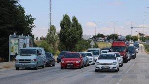 Afyonkarahisar- Antalya karayolunda yoğunluk
