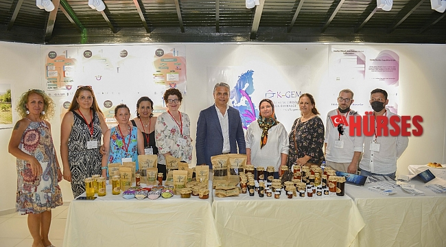 Köylü kadınların el emeği ürünleri markalaştı